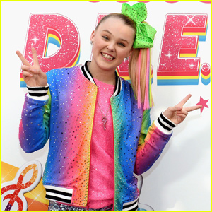 JoJo Siwa Gushes About Awesome D.R.E.A.M. The Tour Crew