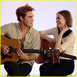 KJ Apa & Maia Mitchell Teach Fans To Play 'Twinkle, Twinkle Little Star' on Guitar (Video)