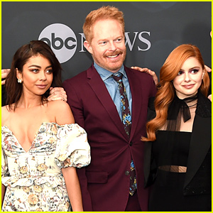 Sarah Hyland & Ariel Winter Join 'Modern Family' Cast at ABC Disney Upfronts!