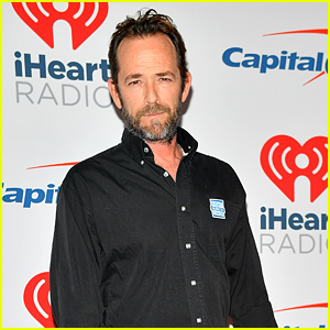 'Riverdale' Creator Opens Up About Addressing Luke Perry's Absence