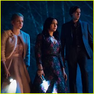 'Riverdale' Showrunner Warns Fans to Be Worried About Jughead Next Season
