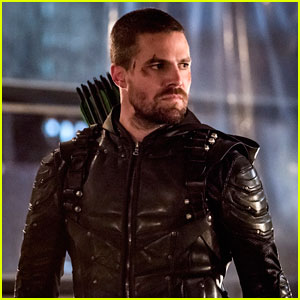 Stephen Amell Is Open to Returning To Oliver Queen In The Future
