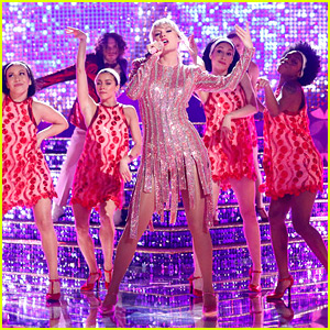 Taylor Swift Gives Us Another Colorful 'ME!' Performance - Watch Now!