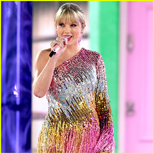 Watch Taylor Swift's Gorgeous, Glittery