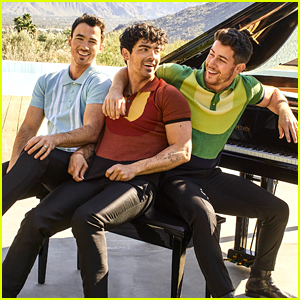 The Jonas Brothers's New Album 'Happiness Begins' Lands at #1 Spot on the Charts!