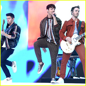 Jonas Brothers Meet With 5 Seconds of Summer at Capital Summertime Ball 2019