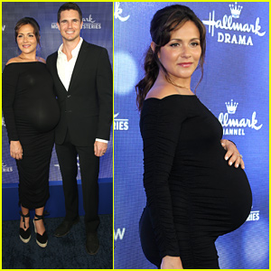 Italia Ricci Admits That Husband Robbie Amell Is Really Excited For Their First Baby