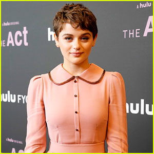 Joey King Does 'Kissing Booth'-Inspired Bottle Cap Challenge (Video)