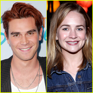KJ Apa & Britt Robertson: New Couple Alert!?