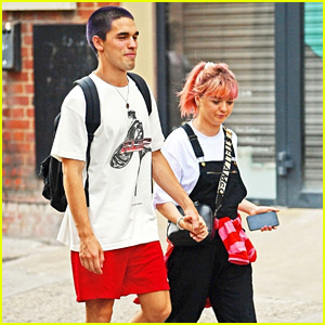 Maisie Williams & Reuben Selby Hold Hands During Their Day Date!