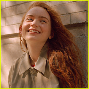 Sadie Sink Talks How Hard It Was To Not Spill 'Stranger Things' Spoilers