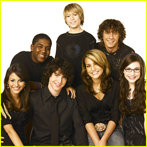 Zoey 101 Cast Reunite Days After Reboot Rumors Jamie Lynn