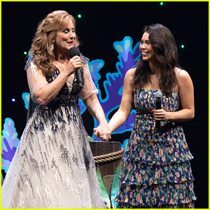 Auli'i Cravalho & Jodi Benson Celebrate The Little Mermaid's 30th Anniversary at D23 Together