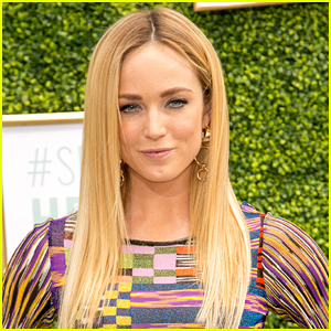 Caity Lotz Kicks Off Her First Day of Directing on 'Legends of Tomorrow'