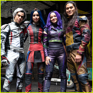 The Final Moments of 'Descendants 3' Were Completely Unscripted