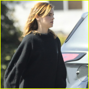 Emma Watson Stops By Medical Building in Culver City