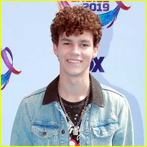 Hayden Summerall Launches New Taylorz Sunglasses Line