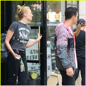Joe Jonas Heads Out With Sophie Turner in NYC After Winning at VMAs