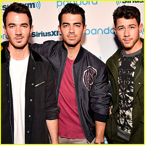 Jonas Brothers End Their Concert Early, Fans Keep Singing