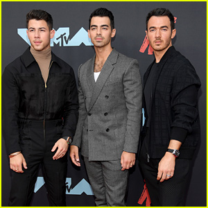 The Jonas Brothers Are Looking Sharp For The MTV VMAs 2019!