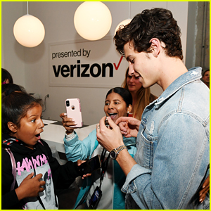 Shawn Mendes Visits 'This Is Shawn' Experience to Surprise His Fans!