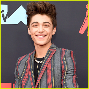 Asher Angel To Tour With In Real Life In October - See The Dates Here!