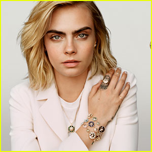 See Cara Delevingne in the New Dior Campaign!