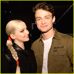 Dove Cameron & Thomas Doherty Couple Up For Sweet Selfie