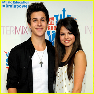 Selena Gomez Has Babysat David Henrie's Daughter Pia