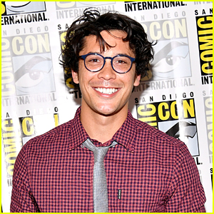 The 100's Bob Morley Bravely Opens Up About Multiple Suicide Attempts