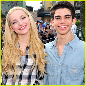 Dove Cameron Opens Up About Watching Descendants 3 Following Cameron Boyce S Death Cameron Boyce Descendants 3 Dove Cameron Just Jared Jr