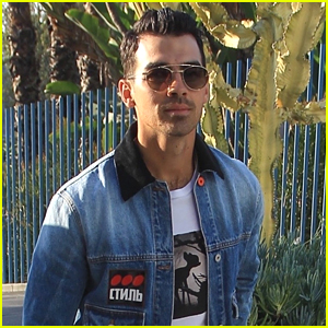 Joe Jonas Heads To Dodgers Game & Runs Into Diplo!