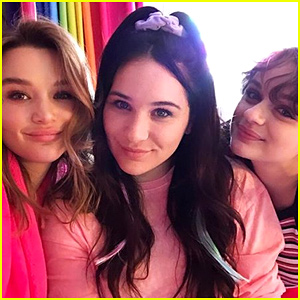 Joey King & Her Sisters Have a Lisa Frank-Themed Sleepover: 'Literal Greatest Night of Our Lives'