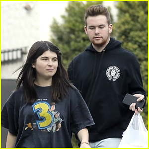 Bella Giannulli Grabs Lunch To Go With Andrew Beyer