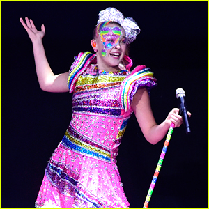 JoJo Siwa Becomes Youngest Artist To Headline O2 Arena In London!