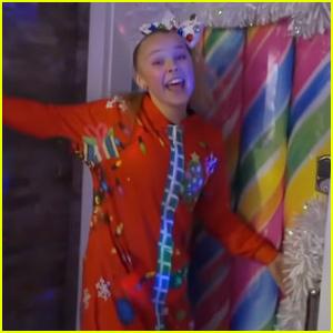 JoJo Siwa Kicks Off Holiday Season With Christmas House Tour - Watch!