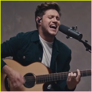 Niall Horan Performs Acoustic Version of 'Nice to Meet Ya' - Watch Now!