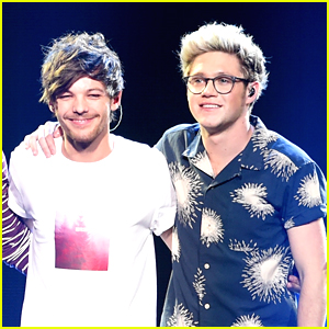 Niall Horan & Louis Tomlinson Have One Direction Fans Freaking Out After Singing Together at Soundcheck!