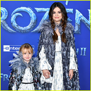 Selena Gomez Is at the 'Frozen 2' Premiere with Her Little Sister Gracie!