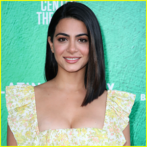 Emeraude Toubia Aims To Motivate Others In 2020