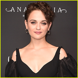 Joey King Reacts To All Her Nominations For 'The Act'