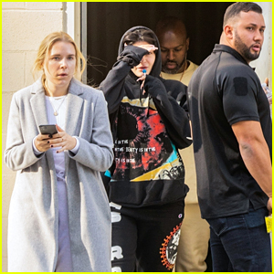 Kylie Jenner Rocks an 'Astroworld' Sweatsuit During a Jewelry Shopping Spree