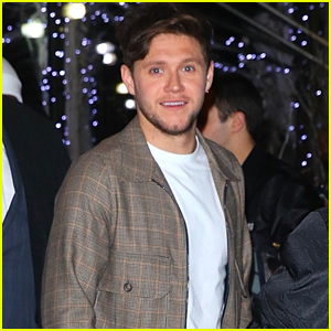 Niall Horan Sings With Scarlett Johansson & Cecily Strong In 'SNL' Sketch - Watch Now!