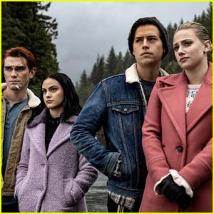 The CW Announces Midseason Premiere Dates for Riverdale, Arrow, Supernatural, & More