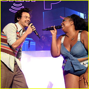 Harry Styles Sings 'Juice' with Lizzo at Her Miami Concert - Watch Now!