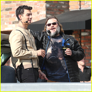 Joe Jonas Hosts Hollywood Sightseeing Tour Together with Jack Black