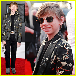 Mason Ramsey Dons Shades Ahead of Grammys 2020 Performance