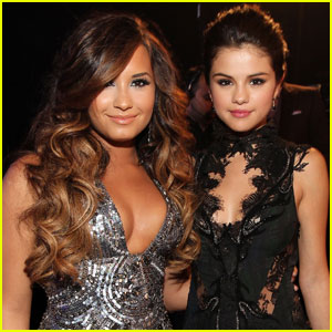 Selena Gomez Reacts to Demi Lovato's Grammys Performance