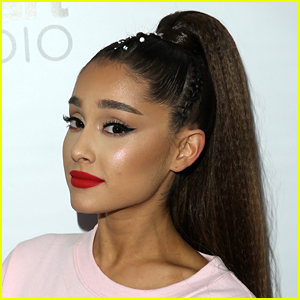 Ariana Grande Seen Kissing Unidentified Man Amid Mikey Foster Dating Rumors!