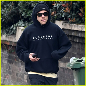 Harry Styles Goes Jogging in London, Stays Incognito in His Outfit